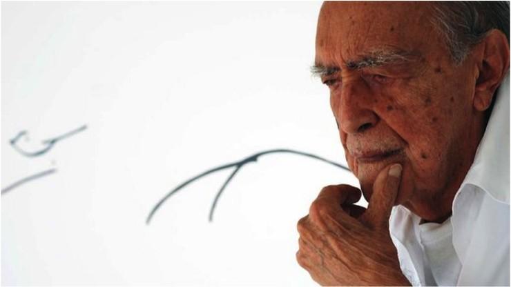 Oscar Niemeyer - Life is a Blow