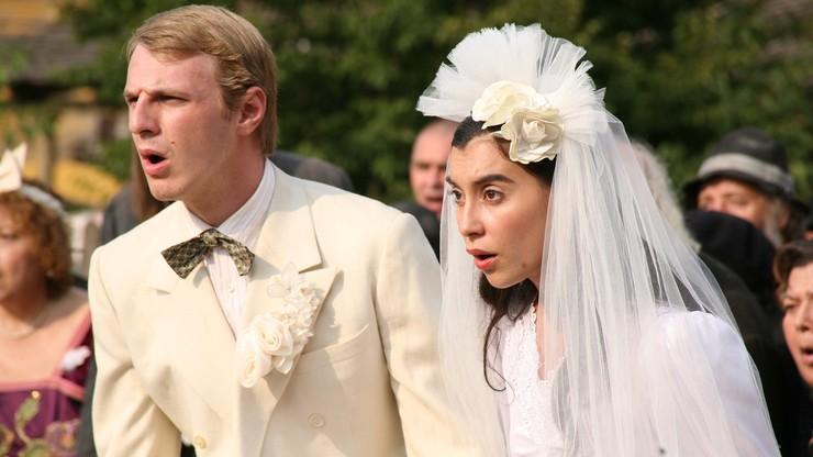 Au diable Staline, vive les mariés!