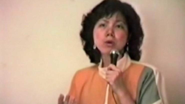Director Pang's Mom Singing