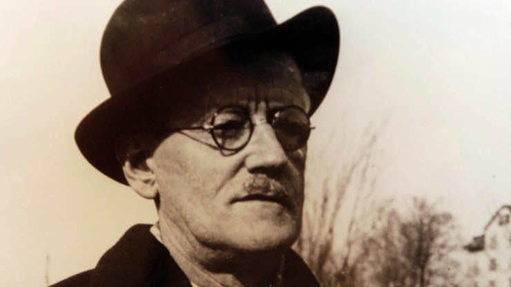 Is There One Who Understands Me?: The World of James Joyce
