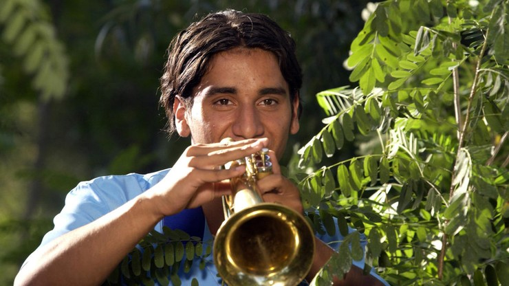 Gucha: Distant Trumpet