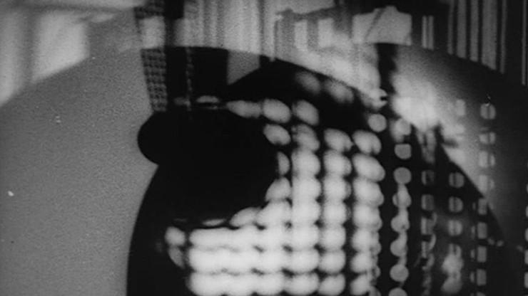 Ein Lichtspiel: Schwarz-Weiss-Grau