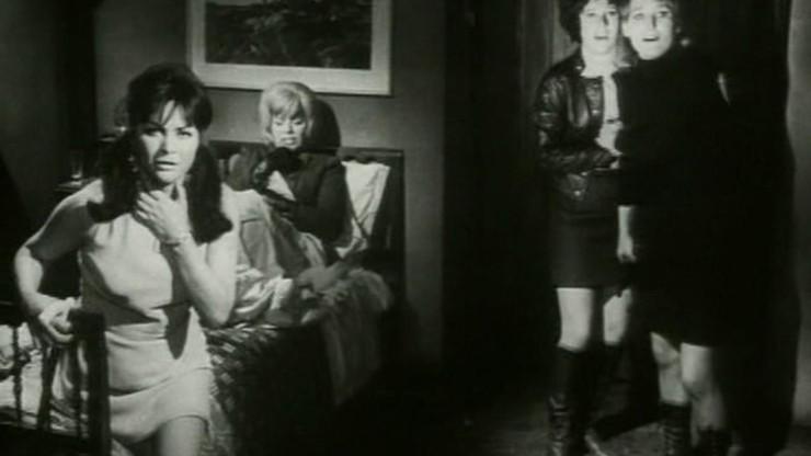 Inn of the Gruesome Dolls: The Devil's Girls
